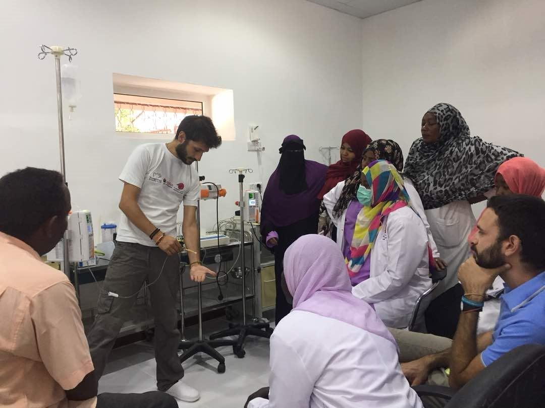 Training-presso-la-nuova-terapia-intensiva-al-Maternity-Hospital-di-Port-Sudan-Stato-del-Mar-Rosso-Sudan-2-1